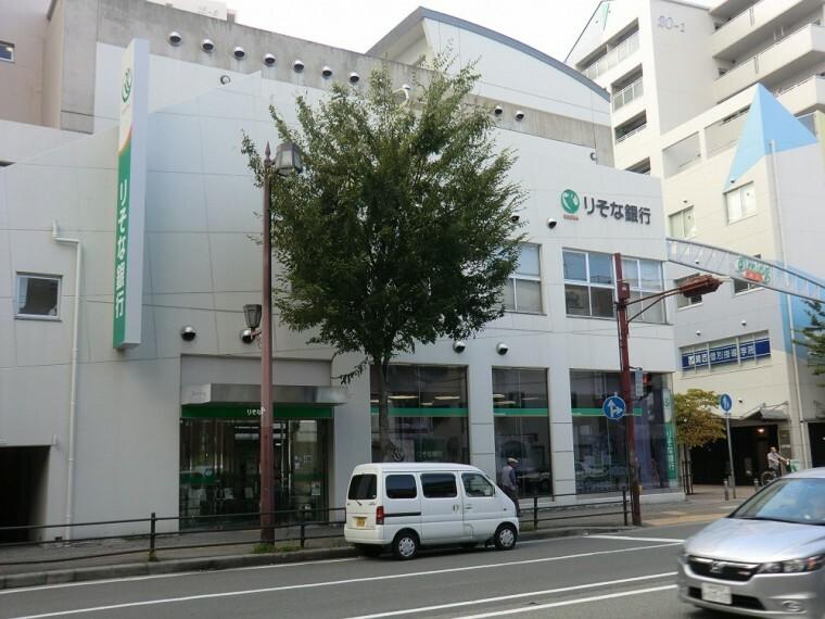 銀行 【銀行】りそな銀行 尼崎北支店まで652m