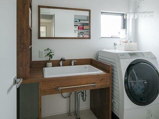 リフォーム案のランドリースペースのイメージです。お洒落なシンクが付いてるので、一度シンクで揉み洗いしてから洗濯機に入れるという事も出来ますね。