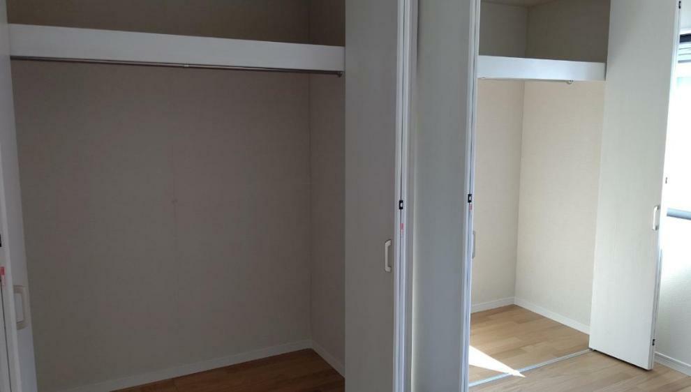 収納 2階洋室6帖のクローゼットです