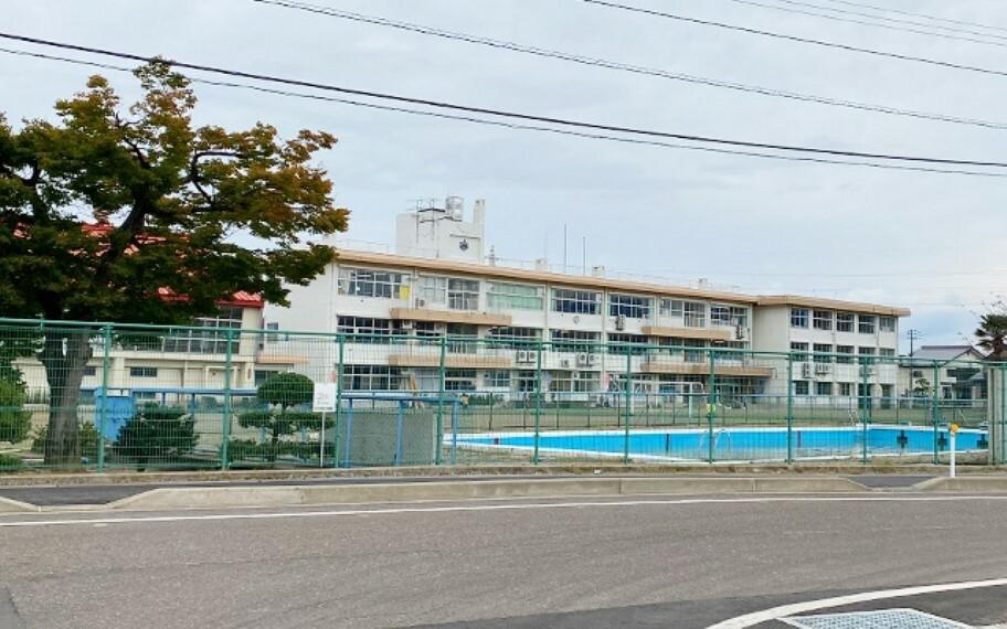 中学校 新井中学校