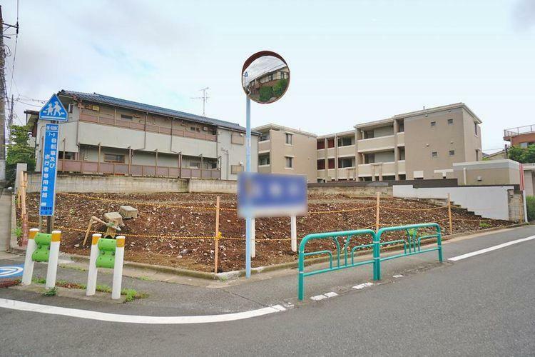 現況写真 杉並区上井草2丁目の限定4区画の土地。西武新宿線『上井草』駅徒歩5分の立地です。