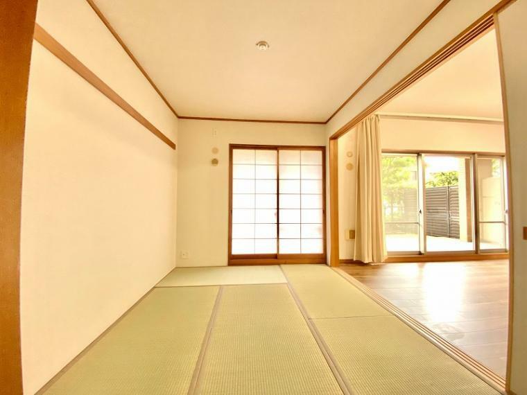 和室 リビングに隣接する和室、障子・襖貼替、畳は表替え完了。