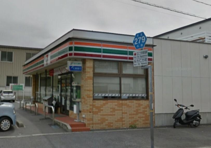 コンビニ セブンイレブン 呉仁方桟橋通店