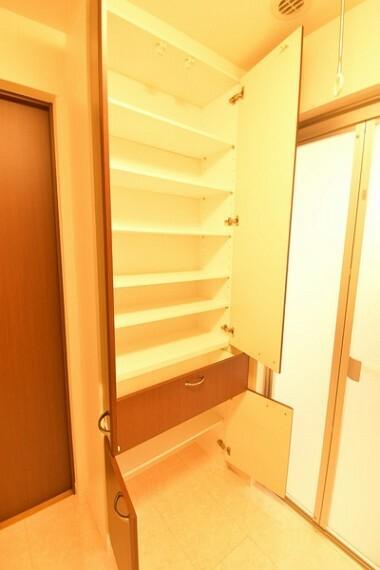 収納 収納たっぷりな洗面室!タオルなど収納できて便利です。