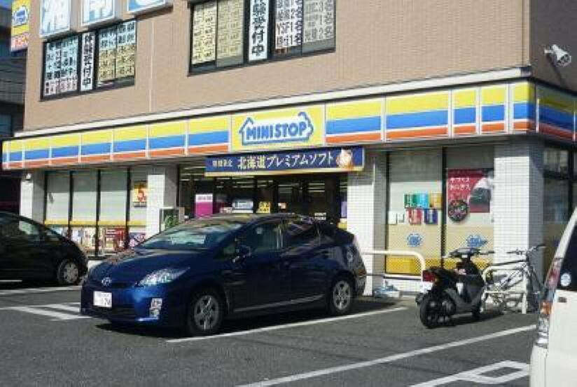 コンビニ ミニストップ泉中田東店