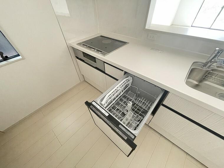 キッチン 奥様の強い味方、食器洗浄乾燥機!洗い物のお時間を休息のお時間に!