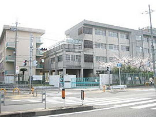 中学校 【中学校】寝屋川市立第一中学校まで1699m