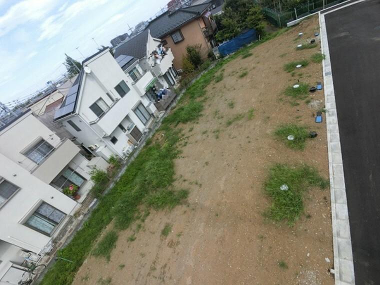 現況写真 住宅が立ち並ぶ落ち着いた住環境です。現地にて陽当りや開放感も是非ご体感下さい!