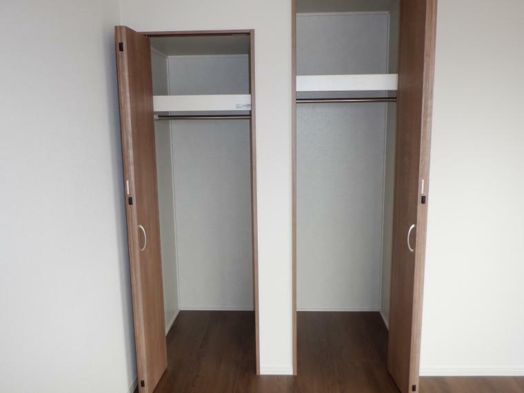 収納 7帖洋室のクローゼット収納です。