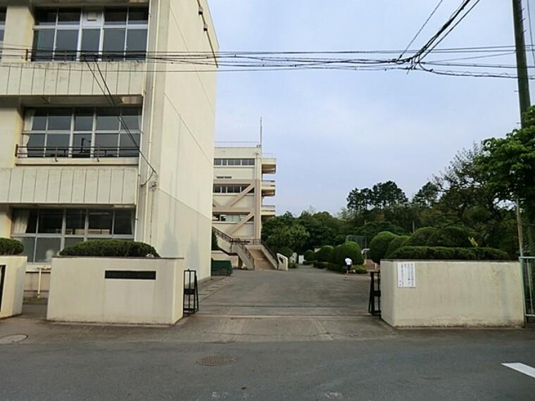 中学校 青梅市立第一中学校
