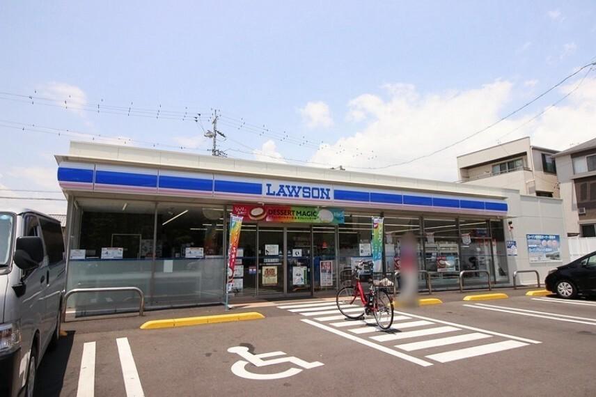 コンビニ ローソン草薙運動場前店