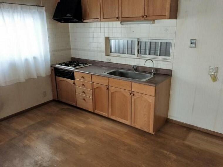 キッチン 1階のキッチン(約7帖)です。