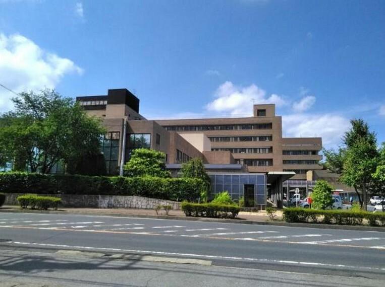 病院 【総合病院】茨城県立中央病院まで4582m