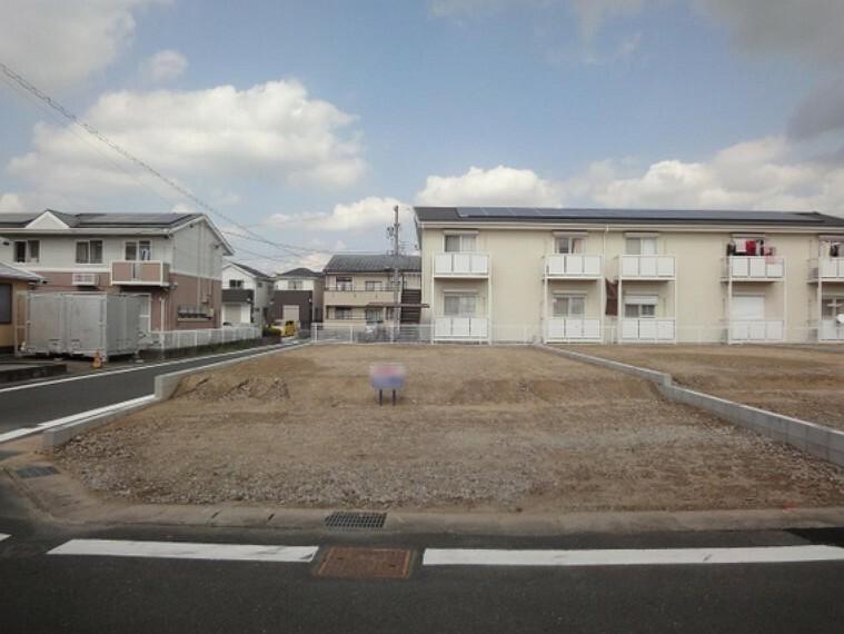 現況写真 悠々暮らせる敷地約62坪の広さ。