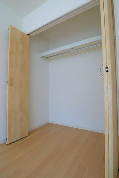同仕様写真(内観) クローゼット 同仕様 全室収納付き  お部屋がスッキリとお使いいただけます