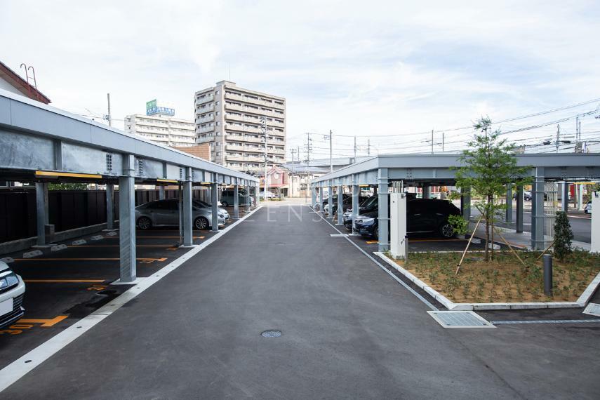 駐車場 平面駐車場