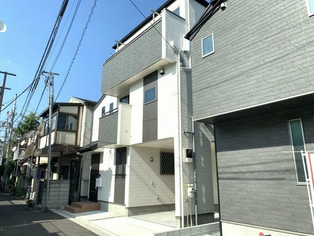 現況外観写真 駅近のアクセスの良い暮らしやすいお家です