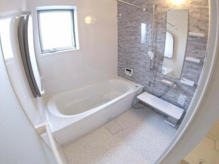 浴室 浴室暖房乾燥機付きユニットバス!