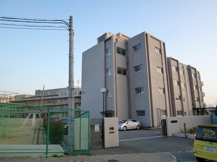 小学校 【小学校】宝塚市立 長尾小学校まで687m