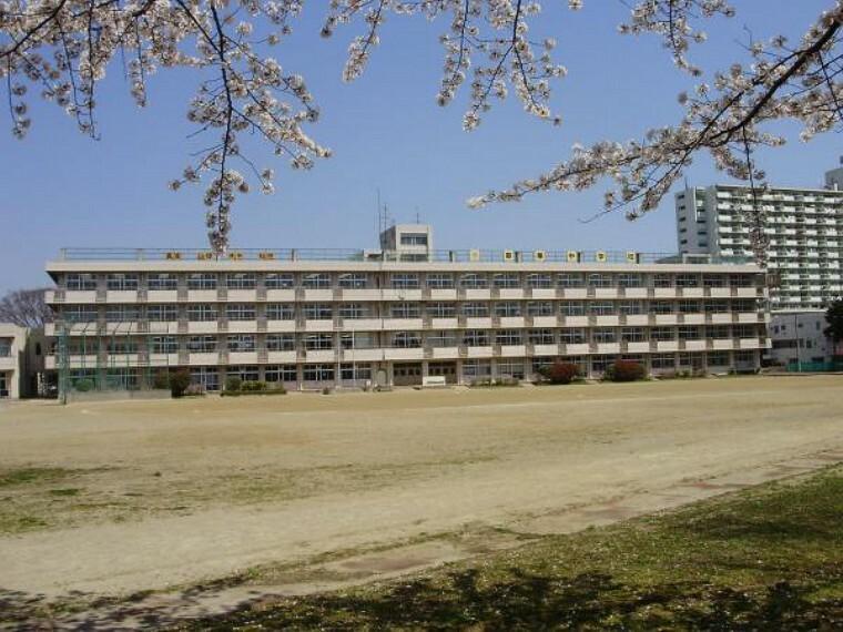 中学校 仙台市立東華中学校