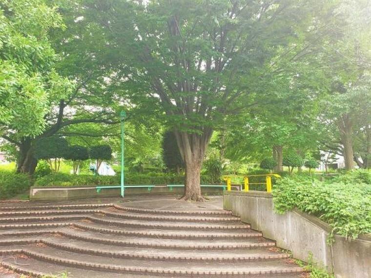 外観・現況 松木東公園 約110m