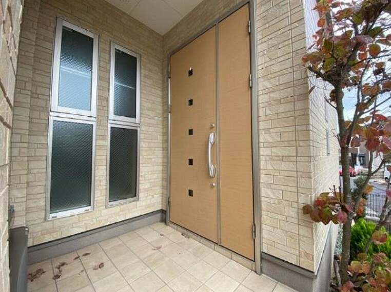 玄関 ダブルロックでセキュリティ対策も安心!
