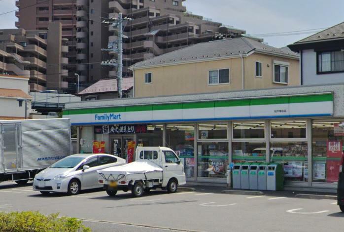 コンビニ ファミリーマート松戸幸谷店