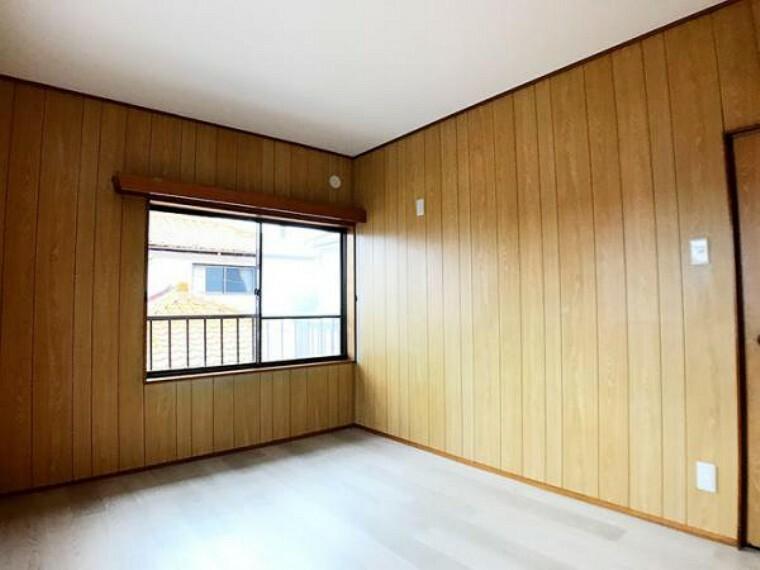 2階約6帖洋室