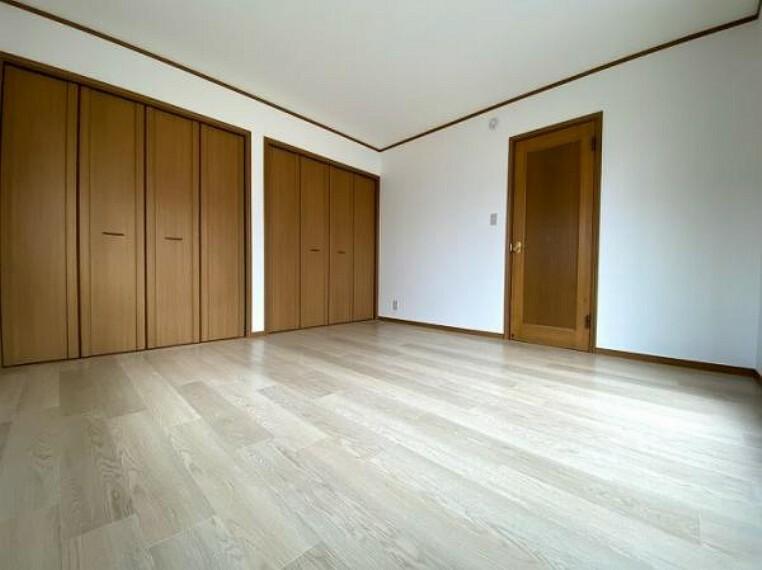 2階西側約8帖洋室リフォーム済