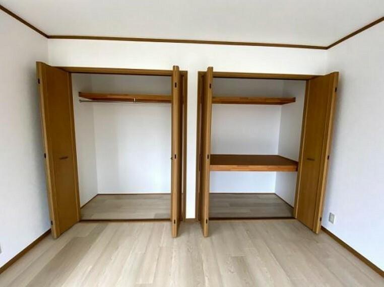 2階西側約8帖洋室収納スペース