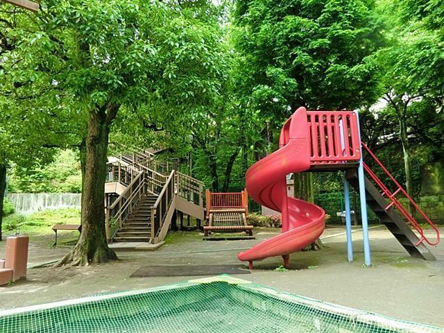 公園 高輪南町児童遊園 徒歩12分。