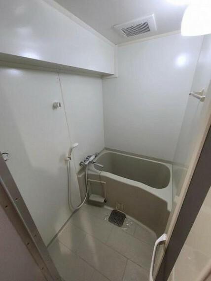 浴室 バスルーム!一日の疲れを癒してください!