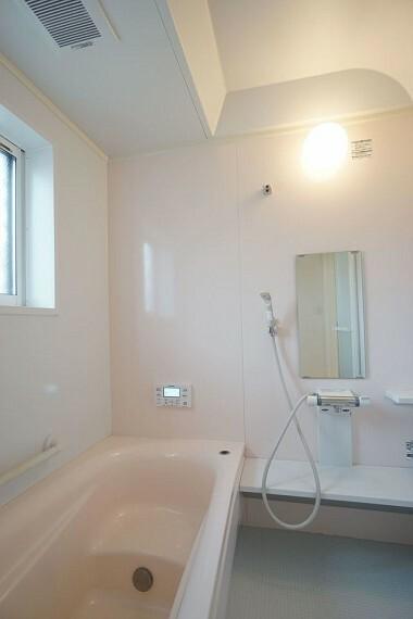 浴室  ユニットバスでゆったりご家族で楽しめるバスタイム