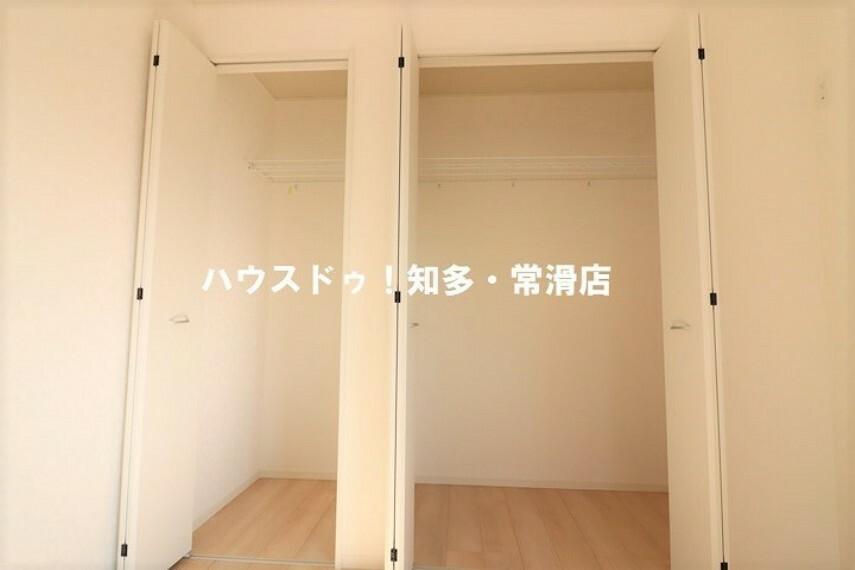 収納 9帖洋室 大切な衣類を収納できる大型クローゼット!!