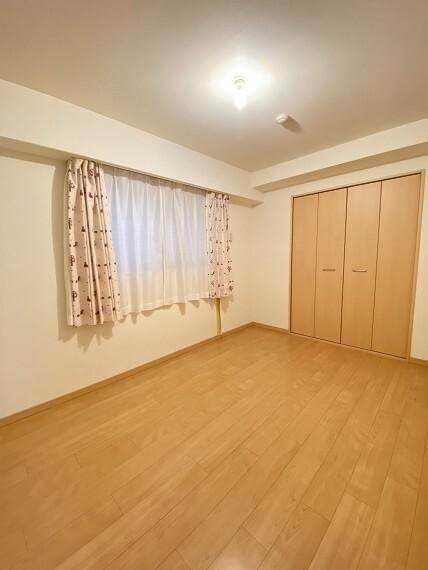 居間・リビング 洋室(1)約6.1帖