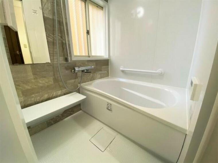 浴室 追炊き、浴室乾燥暖房機付で浴室機能の充実バスルーム