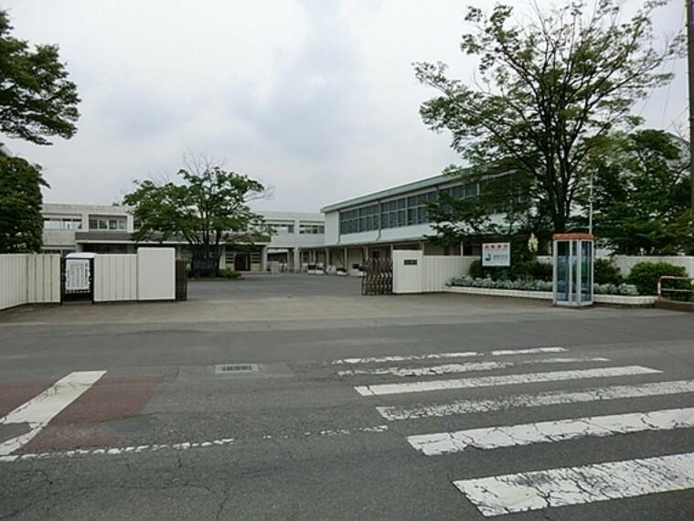 中学校 久喜市立菖蒲中学校 徒歩12分(約948m)