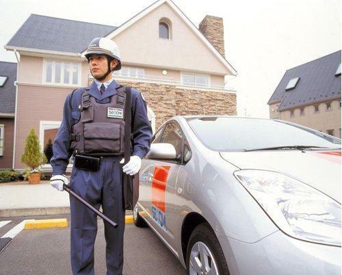 防犯設備 外出時も在宅時も24時間365日ご家族の安全を見守るセコム・ホームセキュリティを全棟標準装備しました。