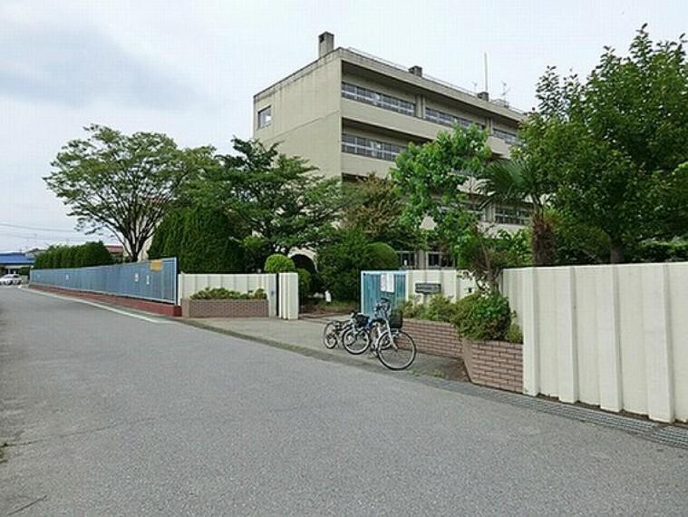 小学校 春日部市立藤塚小学校 徒歩15分(約1190m)