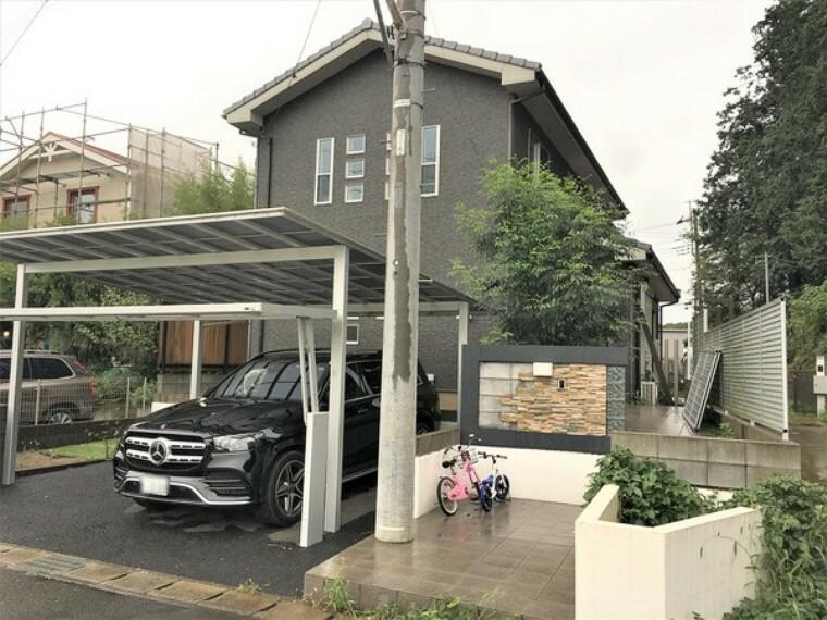 外観写真 平成27年築、電動ゲート付きカーポート