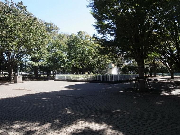 公園 (薬円台公園)徒歩9分