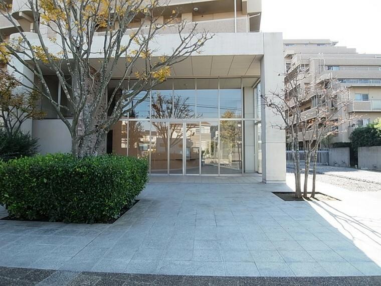 エントランスホール 大規模マンションならではの充実した共用施設が魅力です
