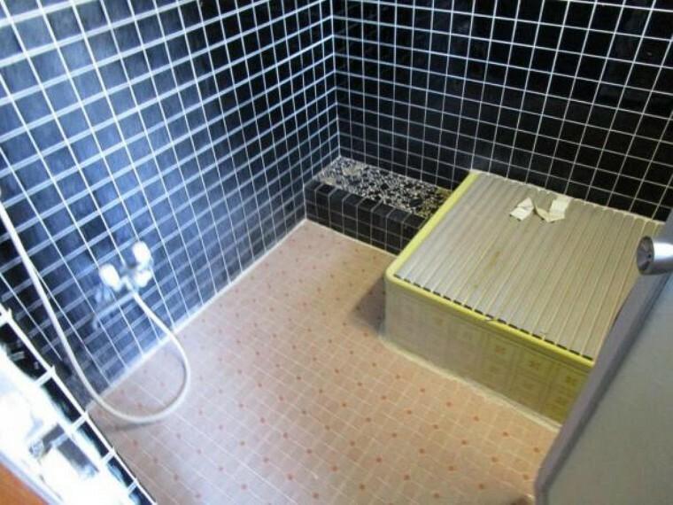 浴室 11/15撮影【リフォーム前】お風呂