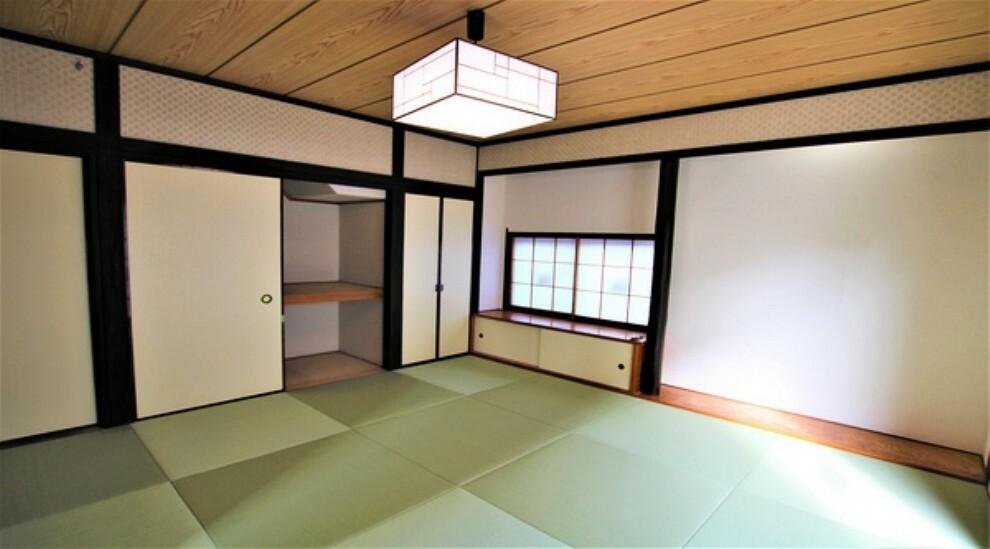 和室 心地よい眠りへといざなう畳の香り、しっとりと落ち着いた雰囲気の和室