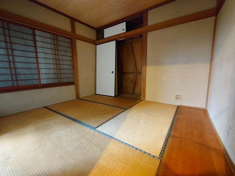 和室 気持ちの良い和室でのんびりお過ごしになれます。