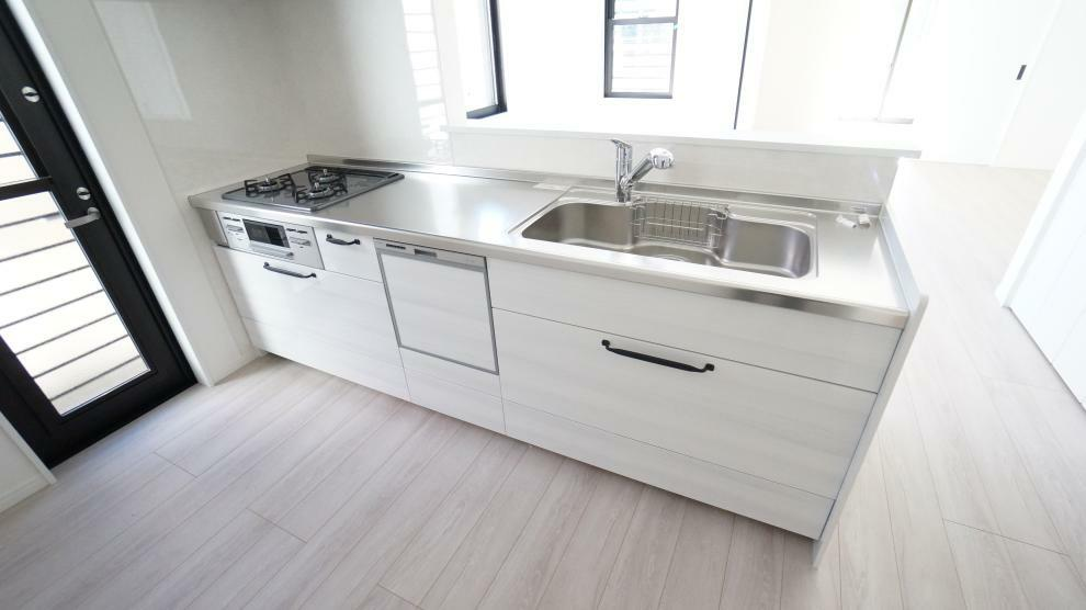 キッチン 食器洗乾燥機付でいつも快適バスタイム!