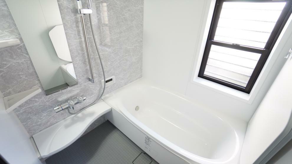 浴室 浴室乾燥機付でいつも快適バスタイム!