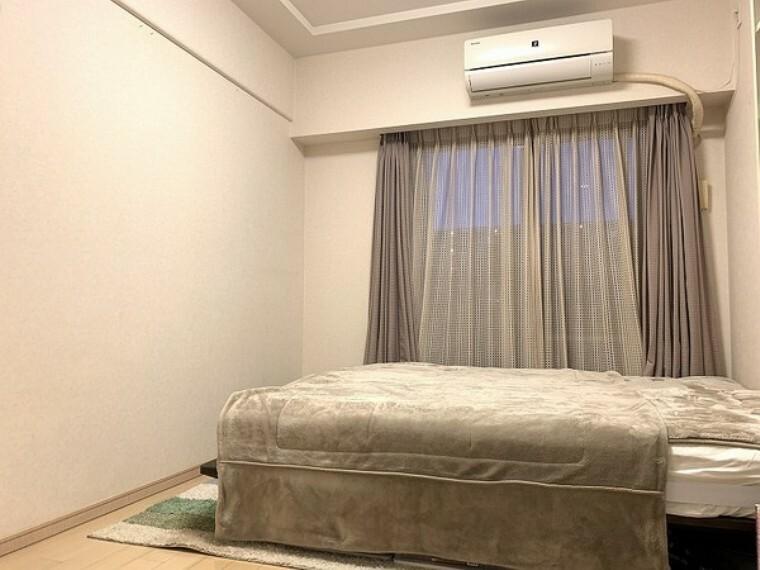 寝室 各居室収納(WIC)付でご家族みんなのお荷物もすっきり収納できます