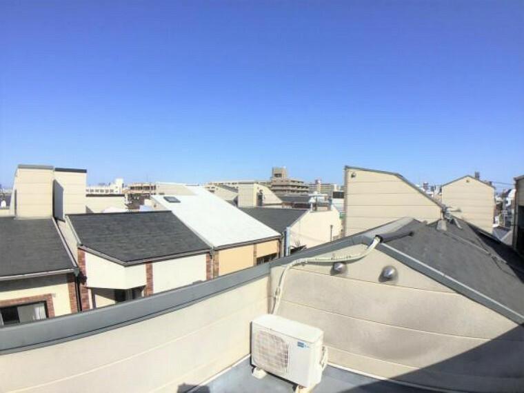 眺望 周辺に高い建物がないので眺望も良好です。ハルカスも見えます。