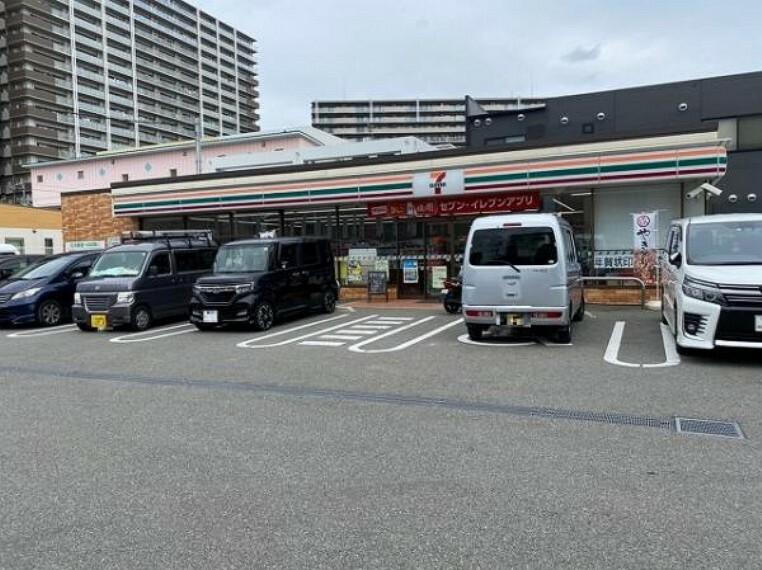コンビニ セブンイレブン 堺鳳南町3丁店